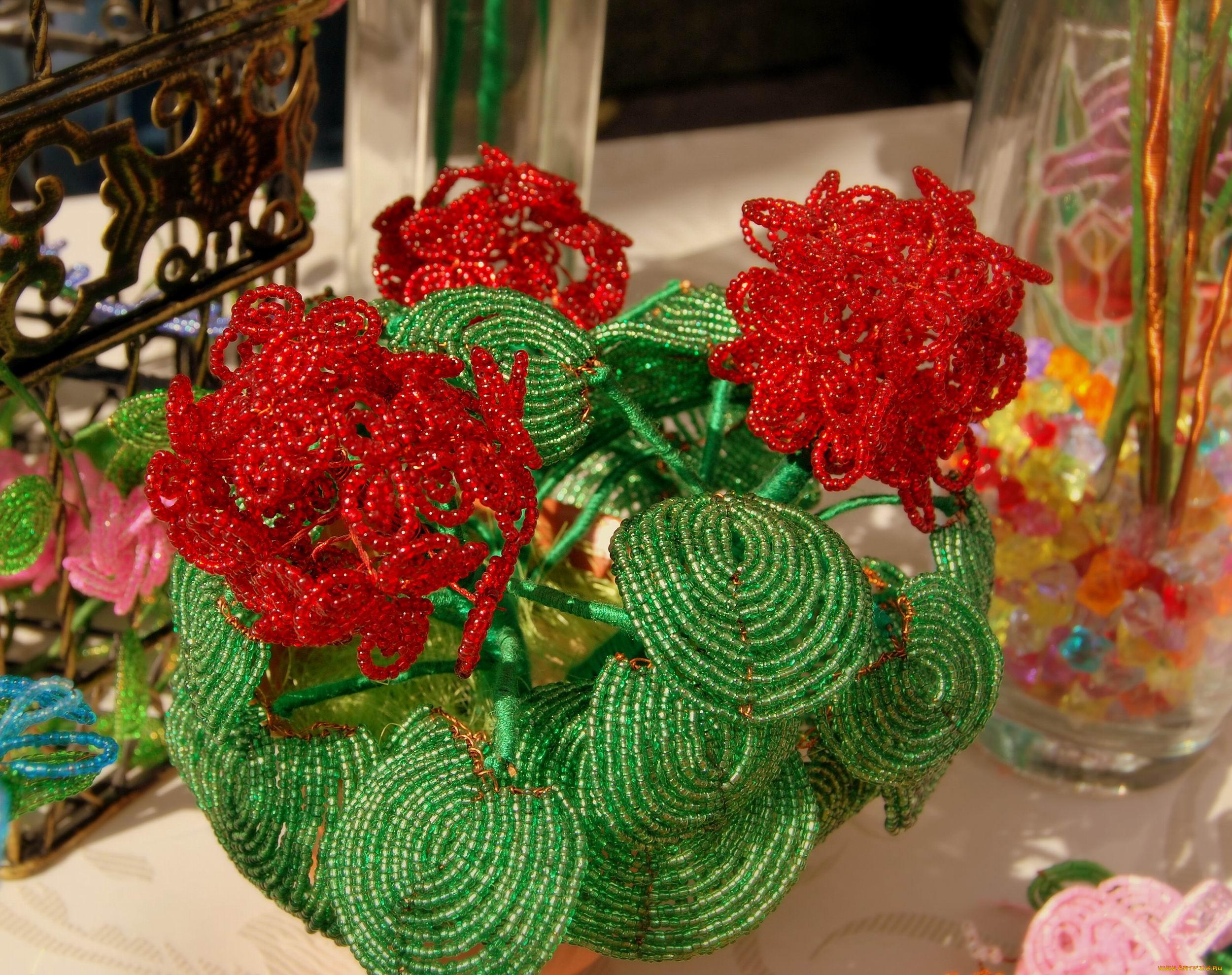 рукоделие из бисера... обои для рабочего стола 2500x1898 разное, ремесла, поделки, рукоделие, бисер, розы, цветы...